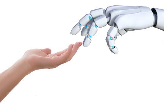 Interactie tussen mens en technologie – hoe verandert dit de zorgrelatie?